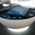Futuristische Tische