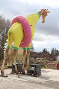 Giraffe fertig zum Transportieren