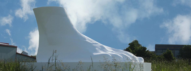 Banner GFK Riesenfuß aus Styropor