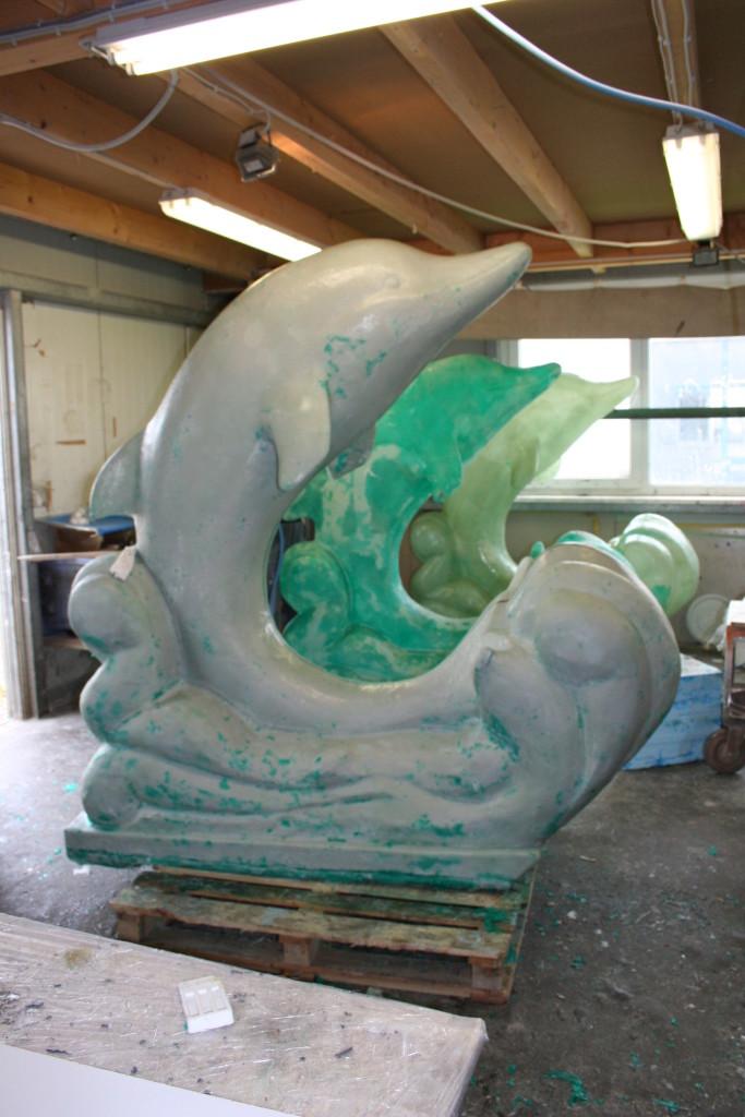 GFK Figur Delfin