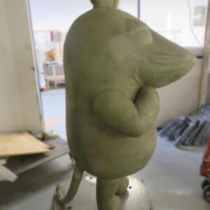 Handlaminat - Maus-Figur mit GFK-ummantelt
